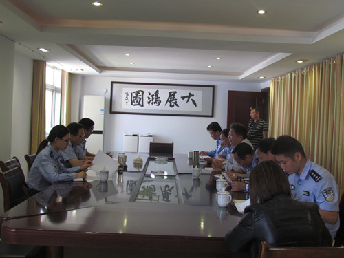 安庆市公安局领导走访光华铝业